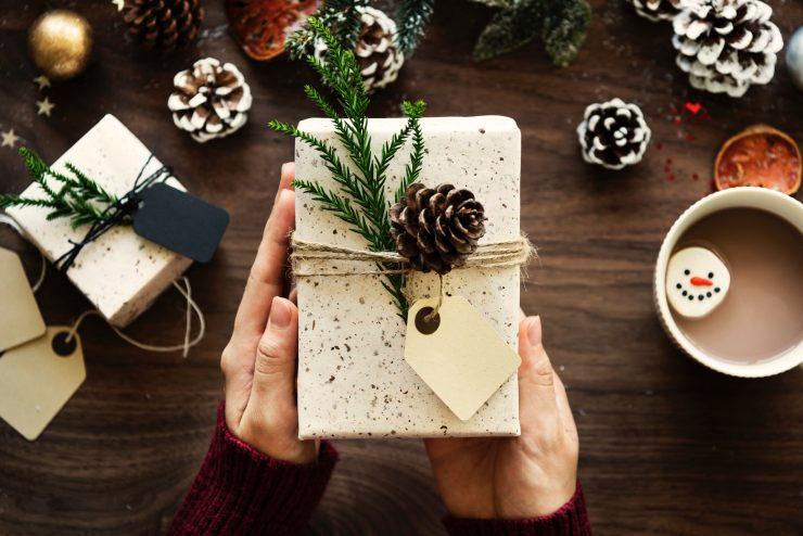 6 Low-Budget Weihnachtsgeschenke, die deine Liebsten glücklich machen werden